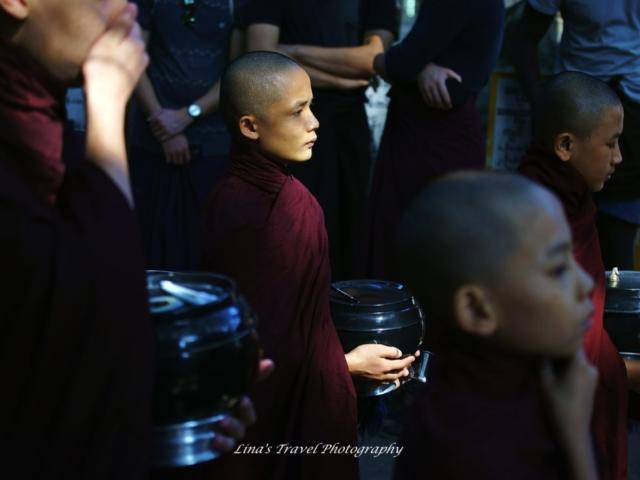 Faith from lunch queue, Mahargandaryone Monastery, Amarapura, Mandalay, Burma