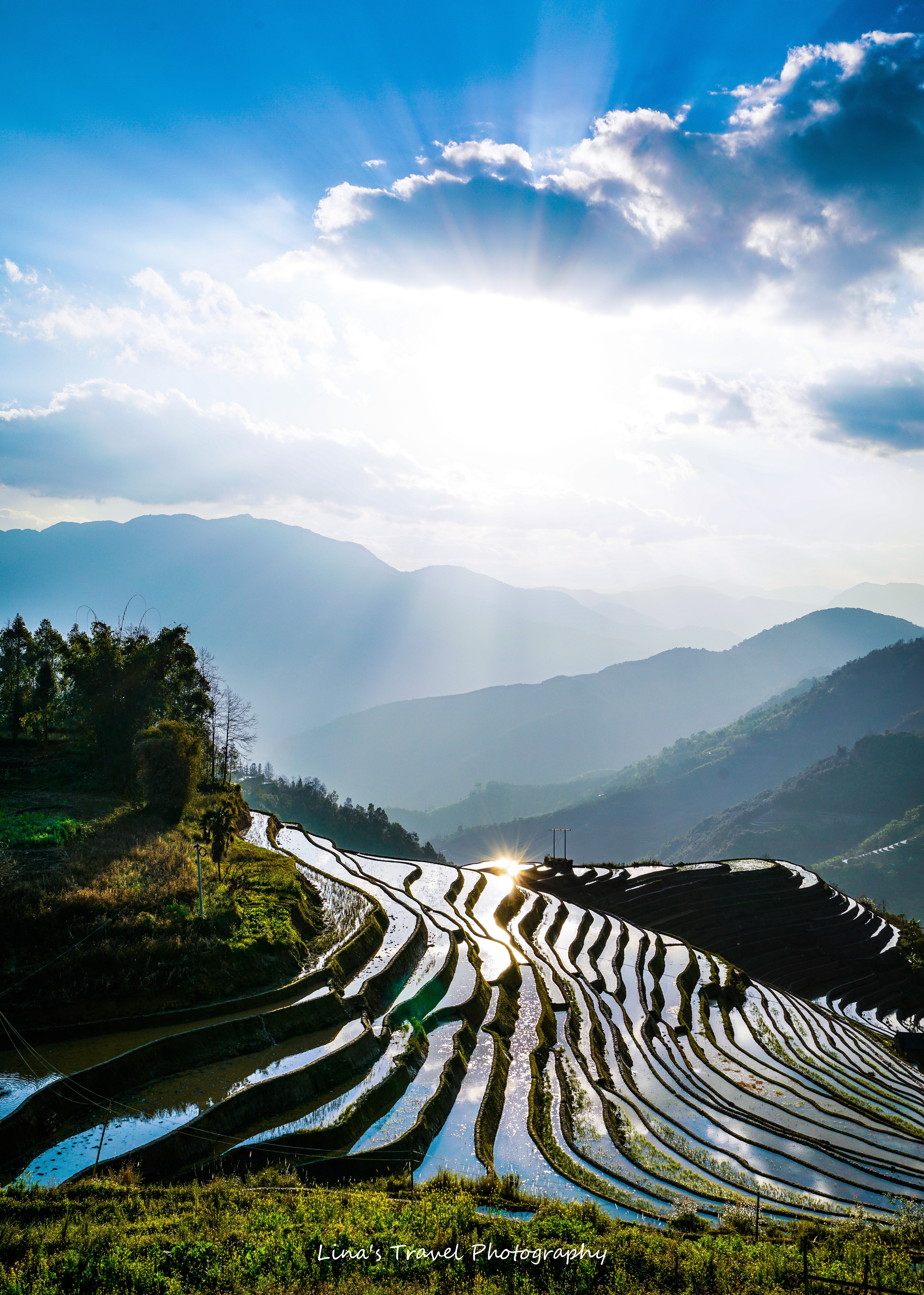 Magical light from sunset at Yiwanshui (one bowl water) Rice Terracces, Yuanyang, Yunnan, China